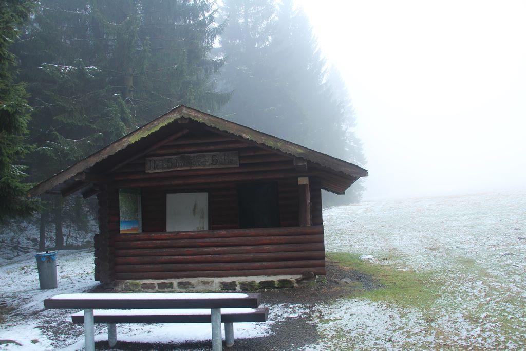 Der Rennsteig von Hütte zu Hütte im Thüringer Wald