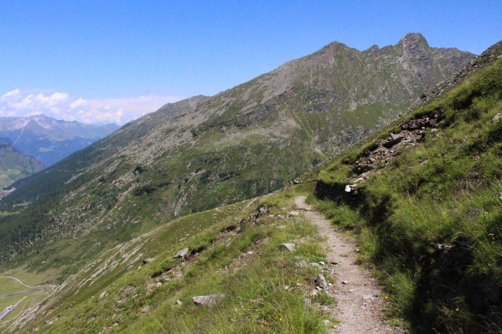 Weg anch Pfelders auf der zweiten Etappe