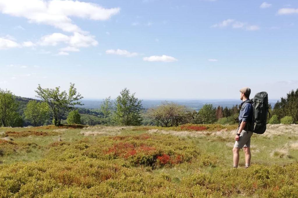 Wanderwege im Vogelsberg Hut
