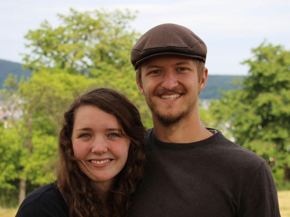 Locke und Hut Profilbild